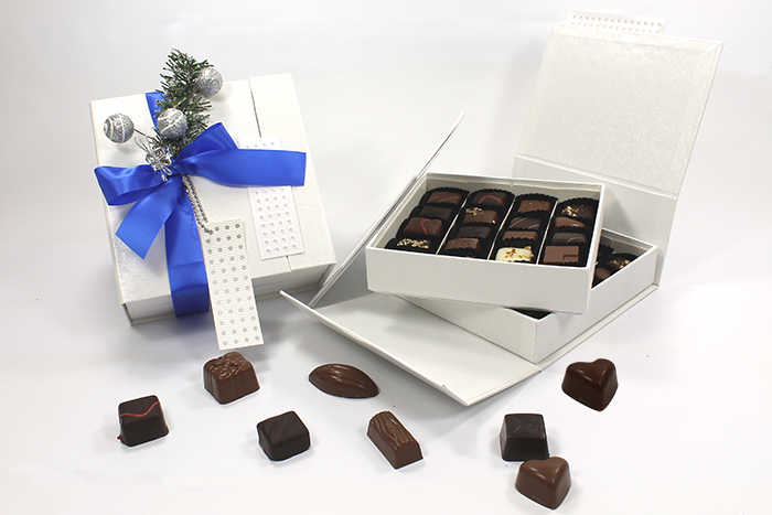 boite de chocolat no l 400g noel400 vente de drag es et de chocolats sur cadeau et chocolat. Black Bedroom Furniture Sets. Home Design Ideas