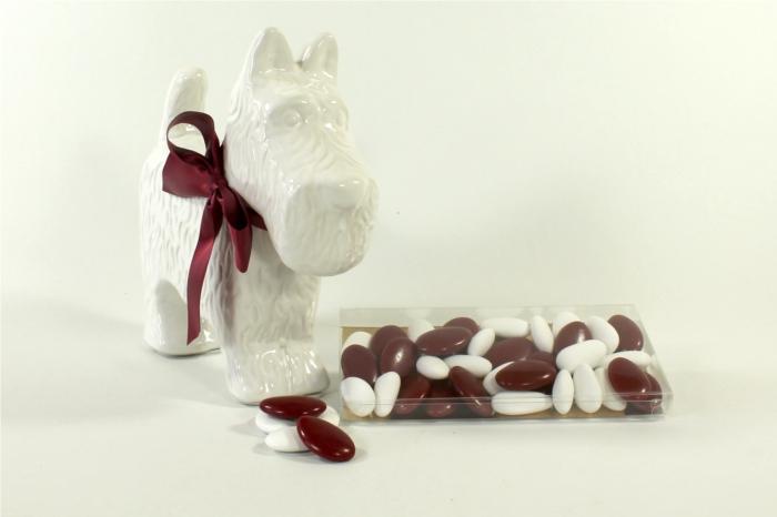 Statue chien fox terrier cossais design blanc brillant - Couleur bordeau en anglais ...