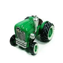 La tirelire tracteur verte centre de table et ses dragées pour mariage