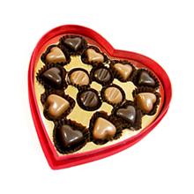 Le coffret de chocolats noirs et lait coeur rouge velours