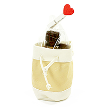 Le sac à main en cuir garni de chocolats pour Saint valentin