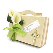 La valisette garnie de dragées et ses décorations thème communion ou mariage