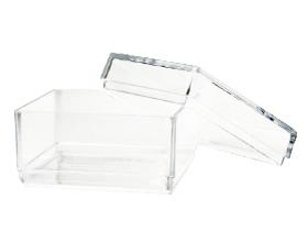Petite boite plexiglas demi cube contenant à dragées