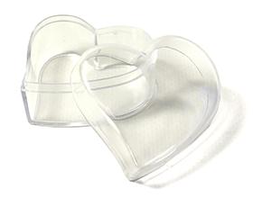 Petite boite contenant à dragées forme coeur transparent en plexiglas