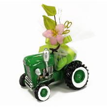 la tirelire tracteur vert et ses dragées originale personnalisable pour mariage