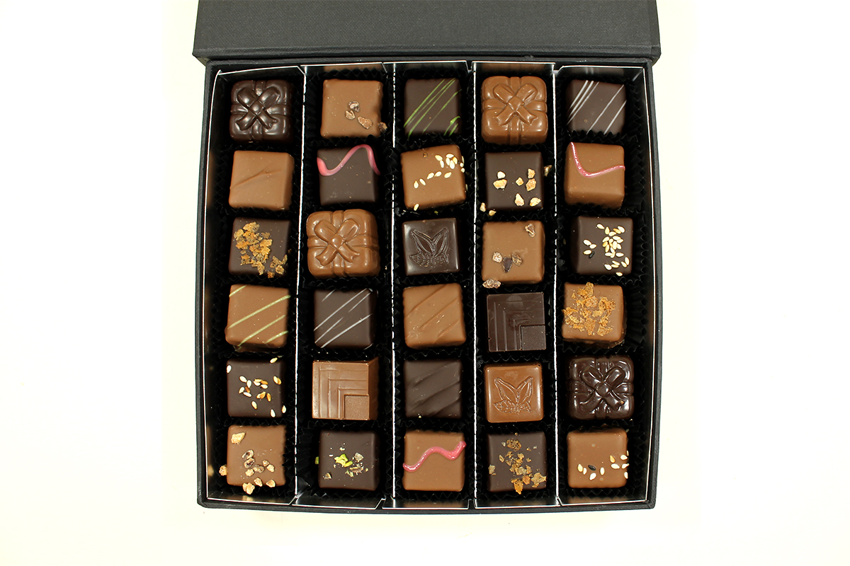 Le coffret de chocolats collection Black 290gr