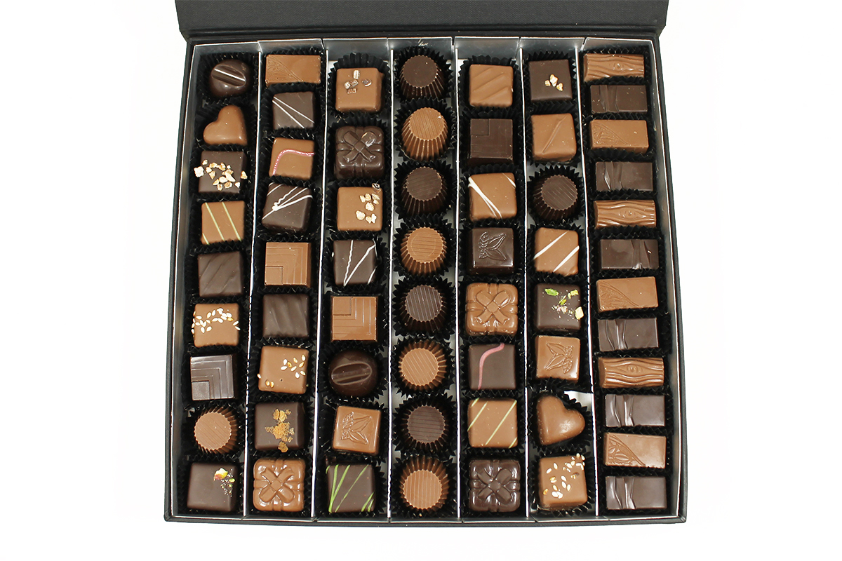 Le coffret de chocolats collection Black 650gr