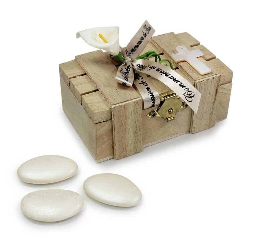 boite avec drag es communion caisse en bois cadeau et. Black Bedroom Furniture Sets. Home Design Ideas
