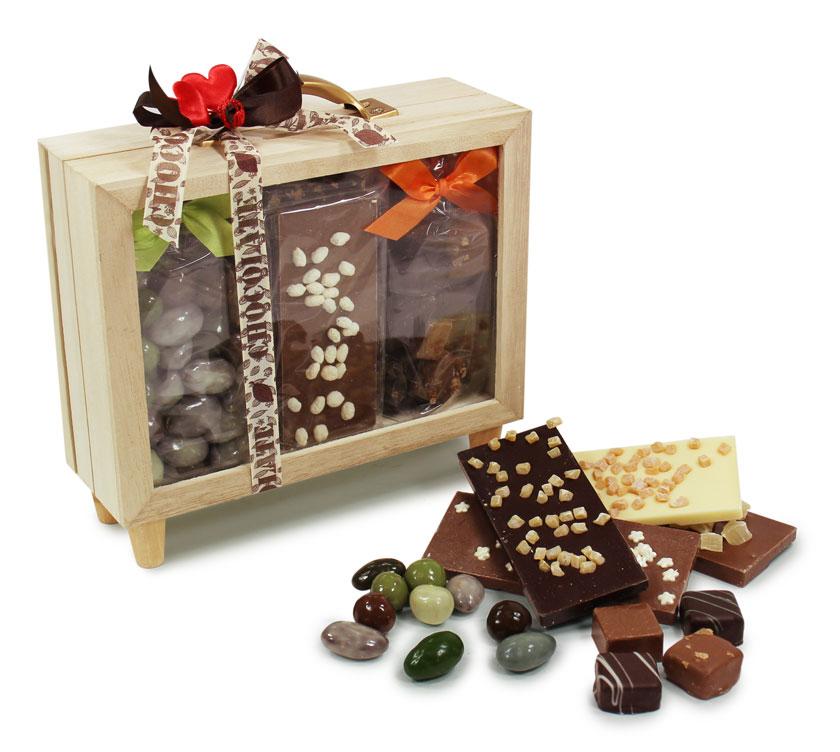 Coffret bois garni de chocolat artisnal
